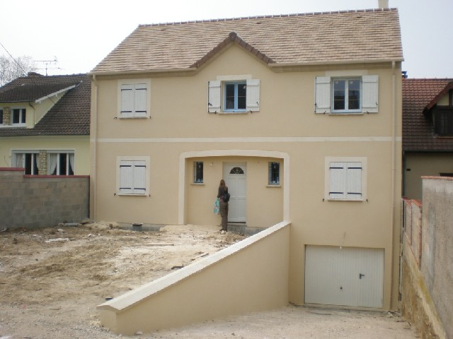 Maison d architecte 100 000 euros cette maison est une for Les maisons orca